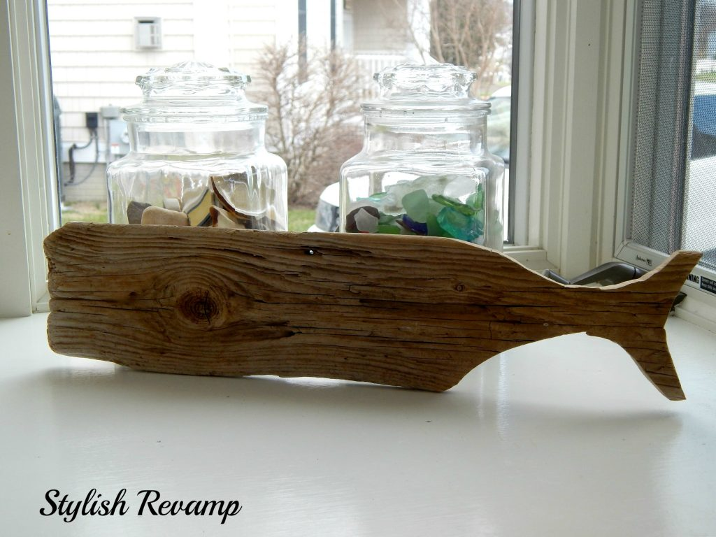 A completely free project/Making a DIY driftwood whale.