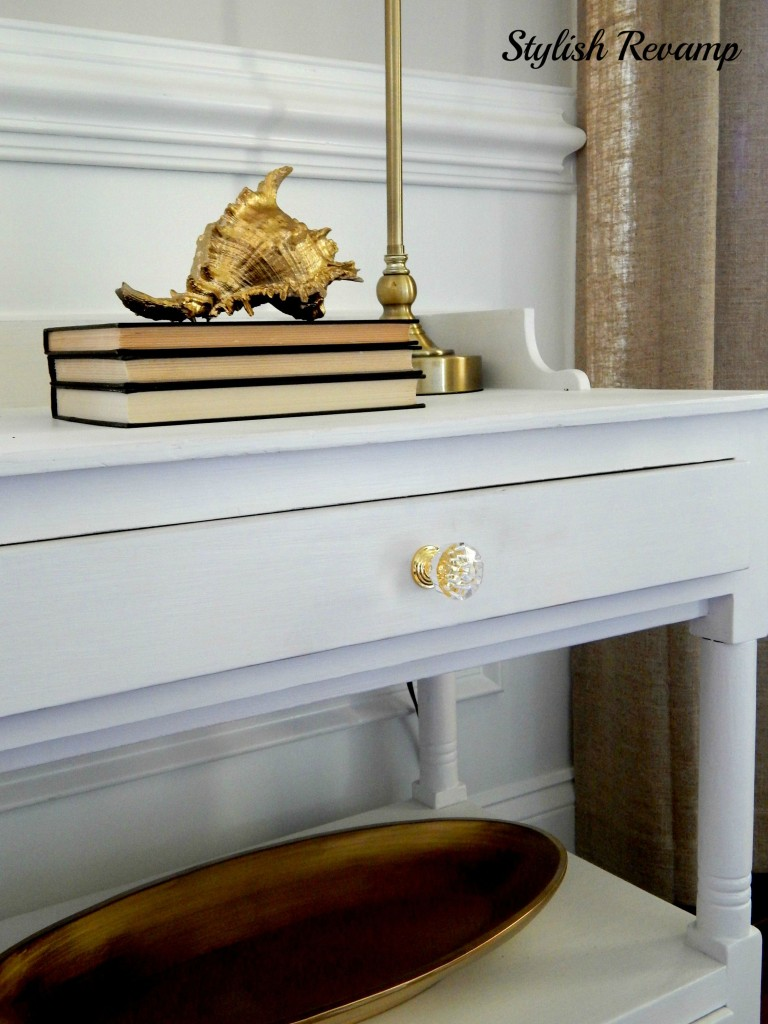 Decorative Knobs with touches of Gold