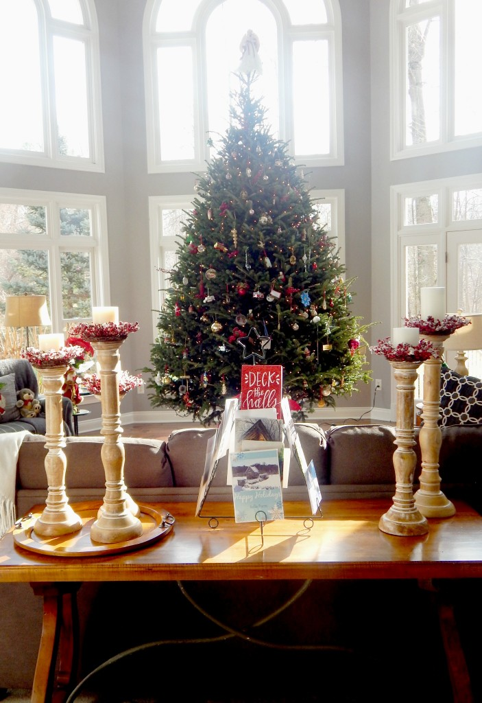 Family Room all dressed for Christmas