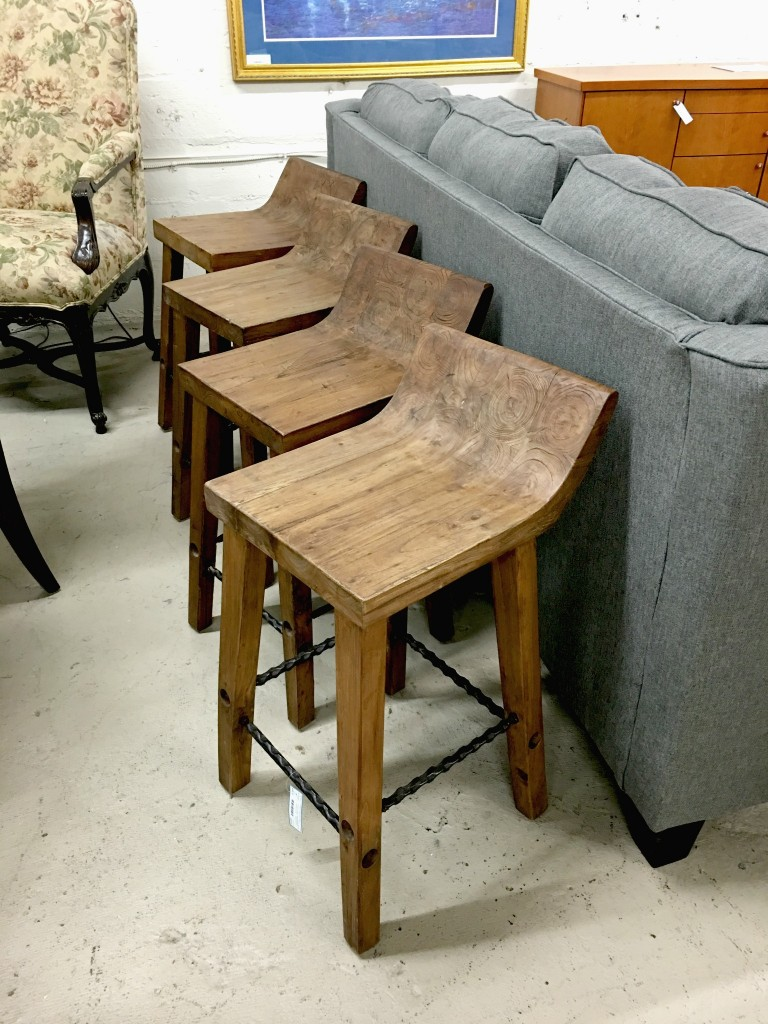 Wooden counter stool that would look awesome in my kitchen!