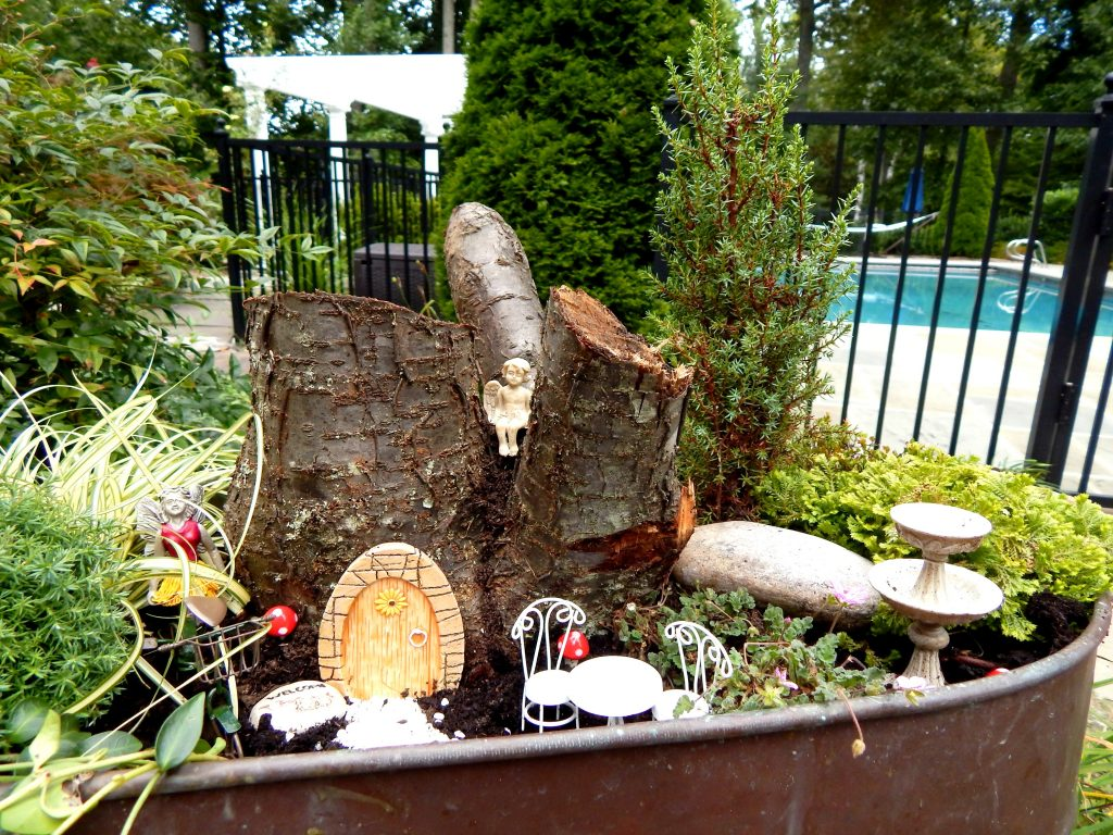 Easy DIY Fairy Garden Design
