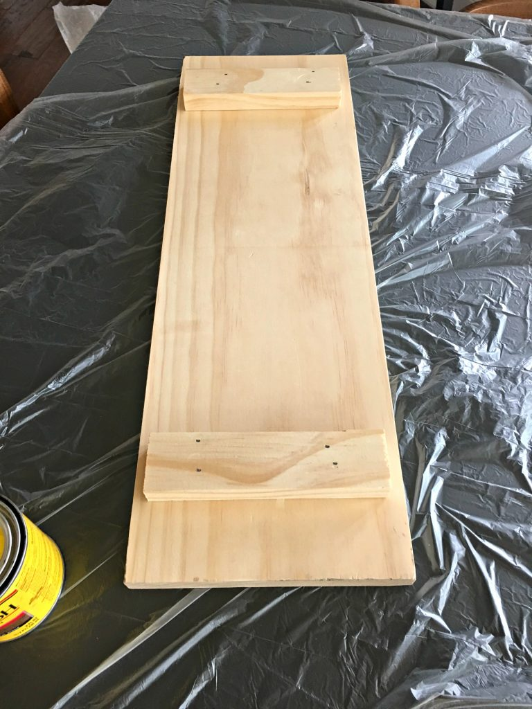 The building process of a DIY feasting board.